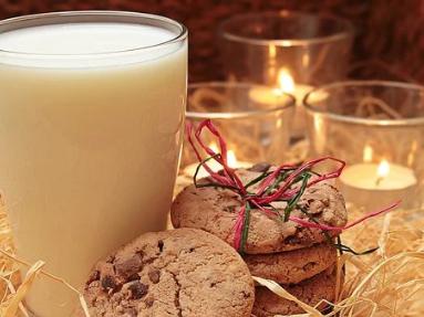 如何让孩子夜间能及时喝到宝宝羊奶粉